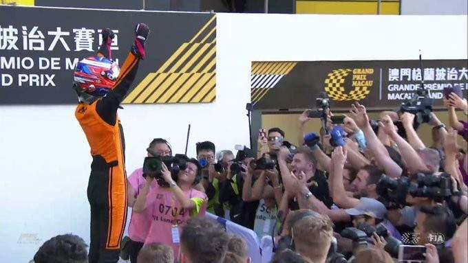 الفورمولا 3: ريتشارد فيرشور يفوز في سباق ماكاو