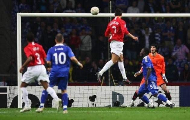بعد 10 سنوات هذا ما فعله رونالدو بعد الفوز على تشيلسي في دوري الابطال