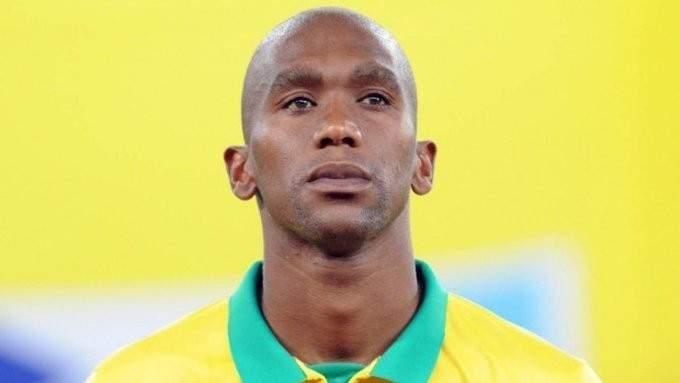 وفاة لاعب نادي صن داونز الجنوب إفريقي بعد حادث مروع