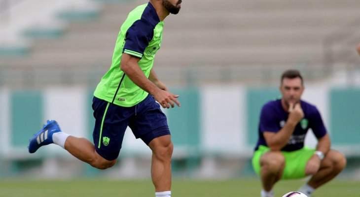 عبد الله السعيد يعود إلى تدريبات اهلي جدة