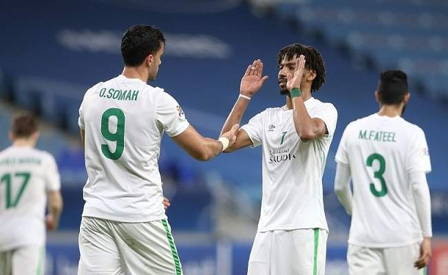 ركلات الحظ تبتسم للأهلي السعودي أمام شباب الأهلي دبي