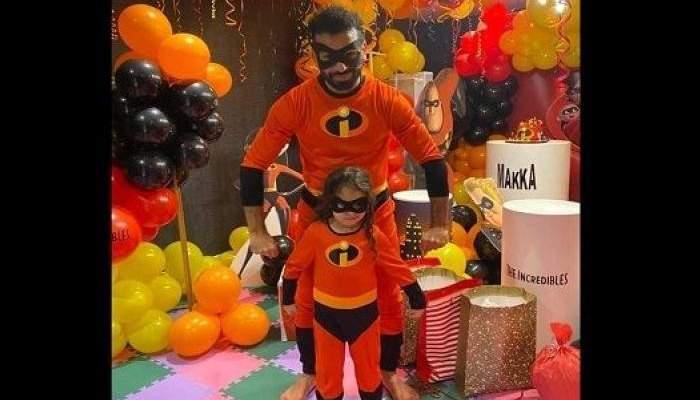 صلاح يحتفل بعيد ميلاد إبنته بطريقة خاصة