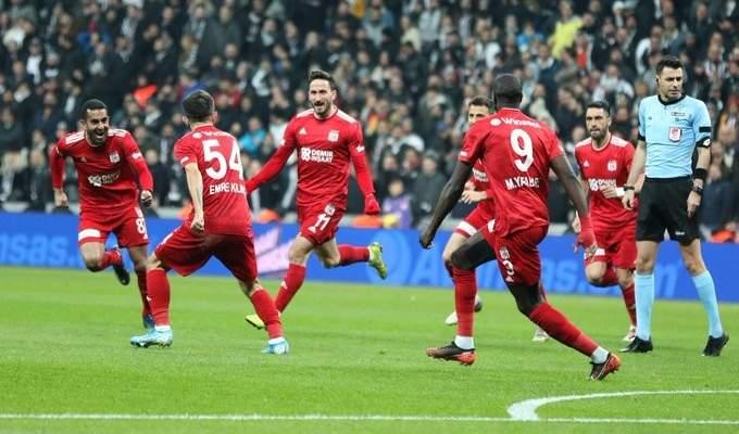 الدوري التركي: سيفاس سبور المنقوص يتخطى بشكتاش ويتشبث بالصدارة