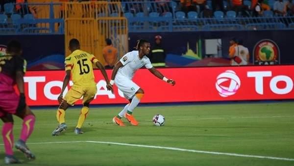 احتفال كبير للاعبي ساحل العاج بعد التأهل الى ربع نهائي امم افريقيا