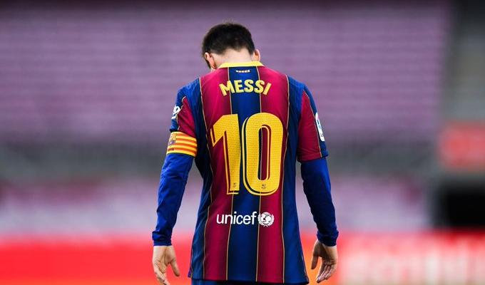 الكشف عن السبب وراء رحيل ميسي عن برشلونة