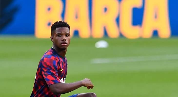 برشلونة يشجع مان يونايتد على تكرار المحاولة بشأن أنسو فاتي