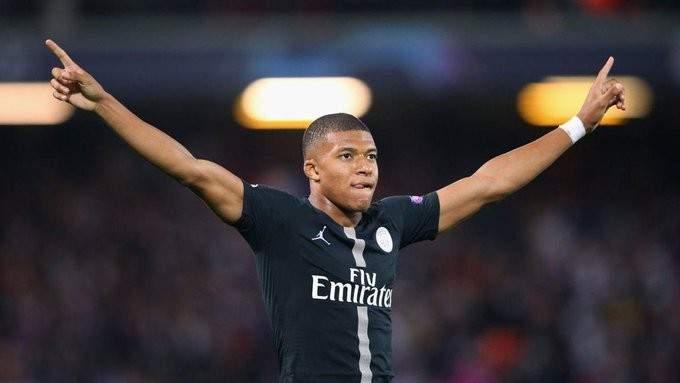 باريس سان جيرمان يصدم ريال مدريد بشأن مبابي
