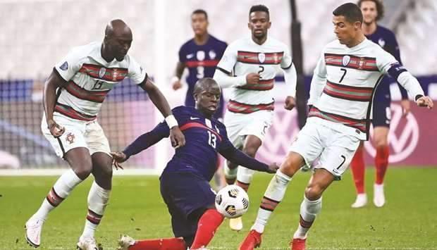 فحوصات كورونا بالجملة لنجوم البرتغال ولاعب ليفربول بأمان