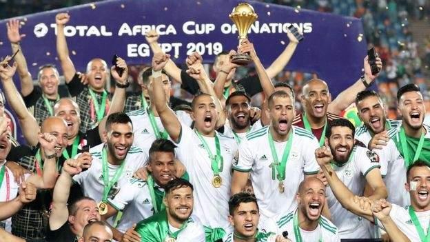 السنغال تحرم من ركلة جزاء امام الجزائر