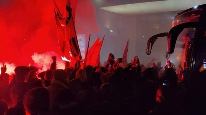مدينة برغامو تحتفل حتّى الصباح الباكر بإنجاز أتالانتا