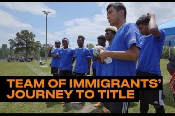 فريق كرة قدم من المهاجرين يفوز ببطولة ولاية تكساس