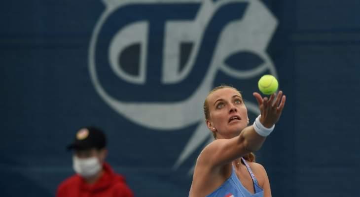 بليسكوفا وكفيتوفا  تشاركان في دورة خيرية في كرة المضرب بحضور الجماهير