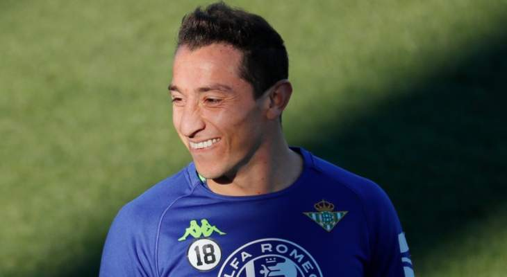 غواردادو لتجديد عقده مع ريال بيتيس
