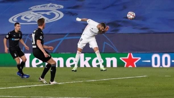 ريال مدريد يحسم صدارة المجموعة امام غلادباخ والانتر يودع المنافسات الاوروبية