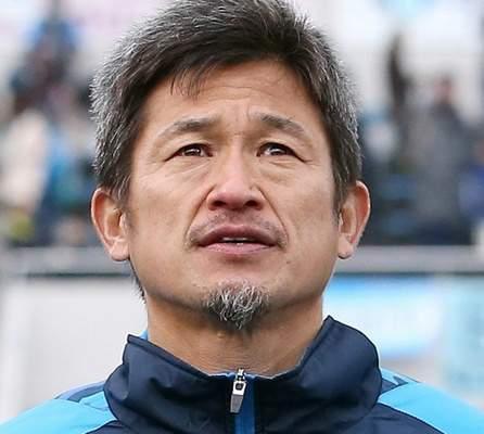 الياباني ميورا يمدد عقده مع ناديه موسما إضافيا