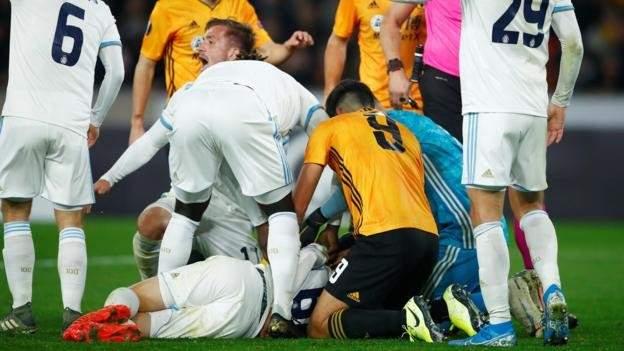لاعب يفقد وعيه خلال مباراة وولفرهامبتون وسلوفان براتيسلافا