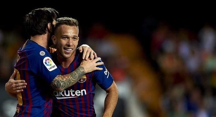 آرثر يشكر يوفنتوس ويؤكد لبرشلونة أنه سيقدم كل شيء حتى النهاية
