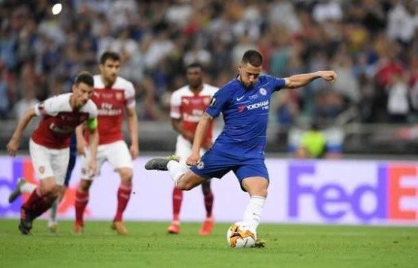 هازارد يقود تشيلسي لاحراز لقب الدوري الاوروبي امام ارسنال المشتت