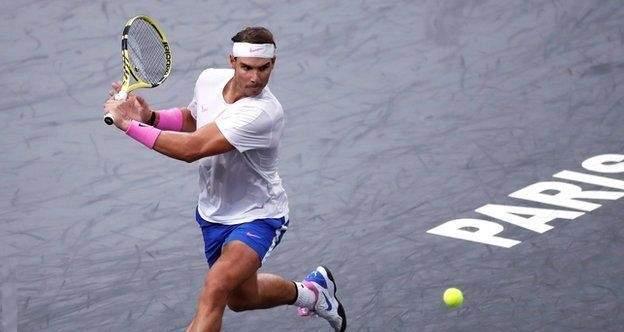 نادال يكمل عقد المتأهلين الى نصف نهائي بطولة باريس لاساتذة التنس