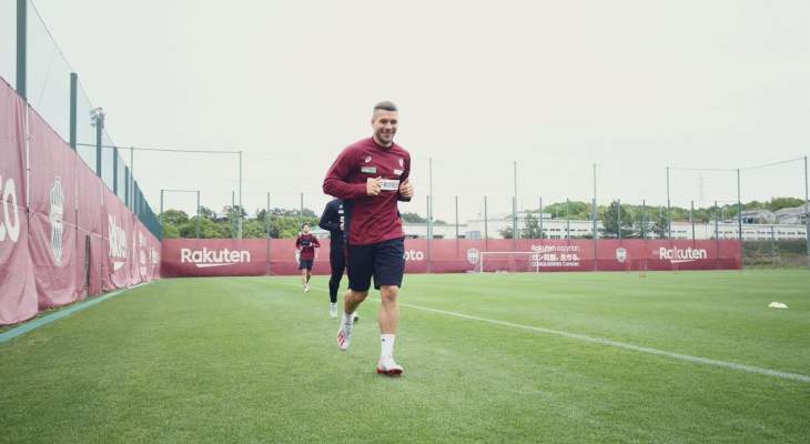 بودولسكي يهنئ كولن بعودته الى البوندسليغا