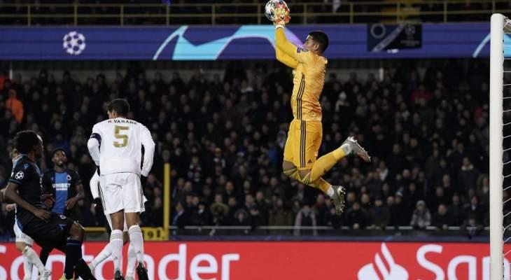 اريولا يتعادل مع مينيوليه خلال مباراة الفريقين في التصديات