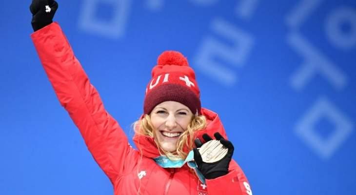 السويسرية فاني سميث الأولى في إفتتاحية التزلج الحر في سويسرا