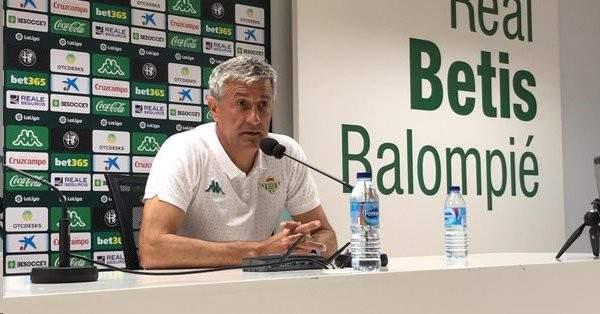 مدرب بيتيس يتوعد برشلونة