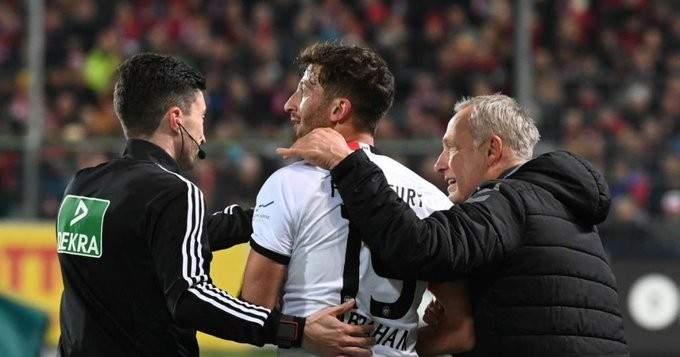 المحكمة الرياضية الالمانية تفرض عقوبة قاسية بحق قائد فرانكفورت