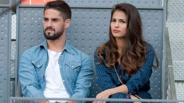 هجمة عنيفة من جماهير ريال مدريد على زوجة إيسكو بعد الهزيمة الثقيلة
