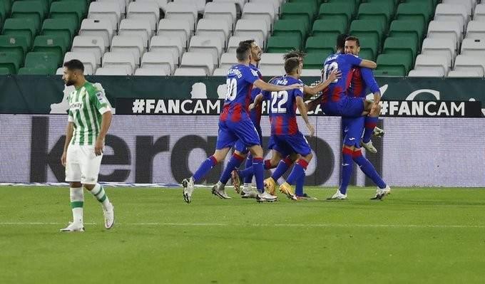 الدوري الإسباني: إيبار يعود بفوز ثمين من أرض ريال بيتيس