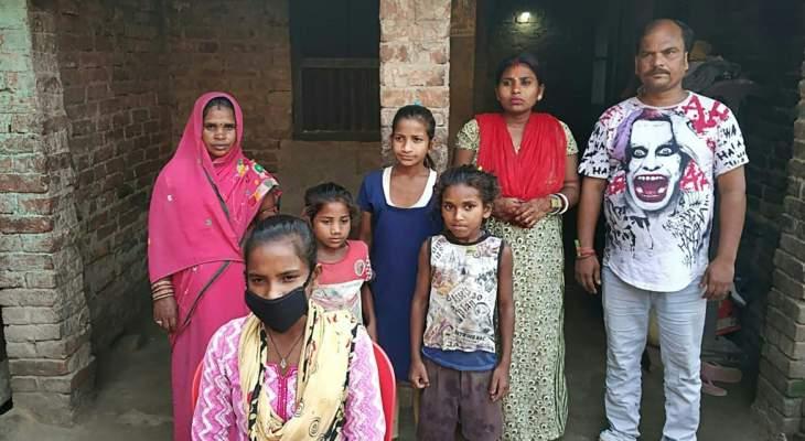 رحلة ألف كلم عبر الهند مع والد مصاب تقودها الى تجارب منتخب الدراجات