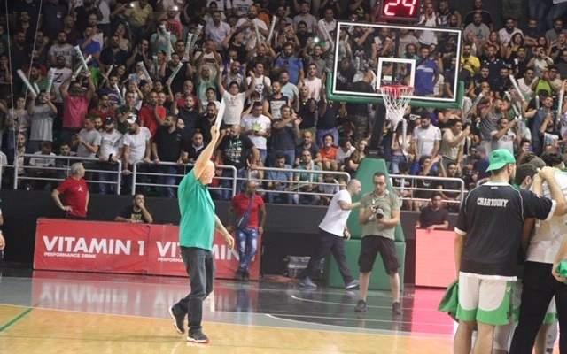 سركيس يعلق على العلم اللبناني في سيغنال ايدونا بارك
