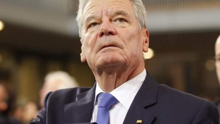 """الرئيس الألماني السابق يهاجم رئيس شالكه """"العنصري"""""""