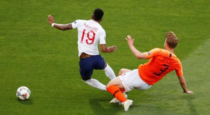 قرارات صائبة من الحكم الفرنسي في مباراة هولندا وانكلترا