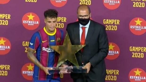 كوتينيو: سأبذل قصارى جهدي لتقديم موسم مميز مع برشلونة