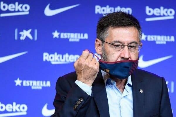 سبورت: بارتوميو قد يستقيل من رئاسة برشلونة