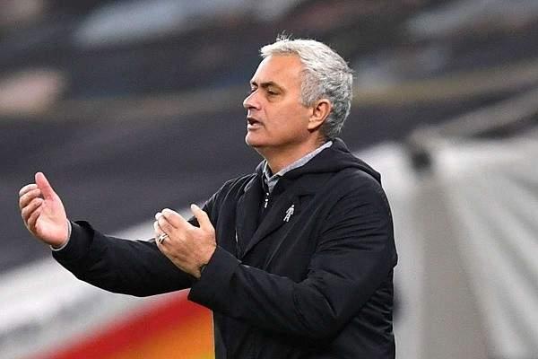 مورينيو عن مواجهة تشيلسي: نذهب إلى هناك وهدفنا الفوز