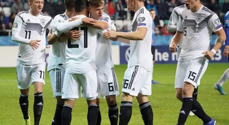 علامات لاعبي مباراة إستونيا - المانيا