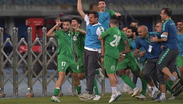 العربي يحتفل بلقب كاس امير الكويت