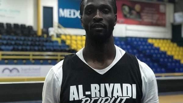 الرياضي يضم لاعب الحكمة السابق ايبكوي