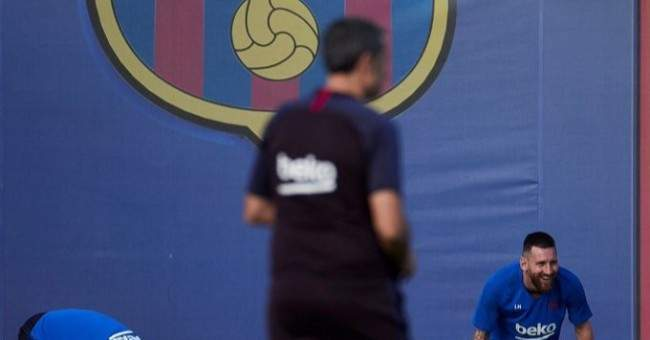 برشلونة يعود للتدريبات بعد الخسارة امام غرناطة