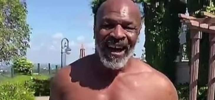 تايسون يخفّض وزنه قبل عودته إلى حلبة الملاكمة