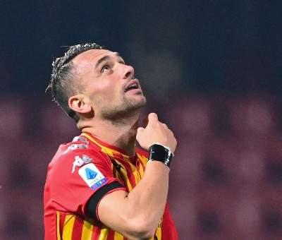 لاعب بينيفنتو يهدي هدفه في شباك يوفنتوس إلى روح مارادونا