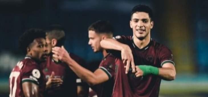 الدوري الانكليزي: وولفرهامبتون يعود بفوز صعب من ميدان ليدز