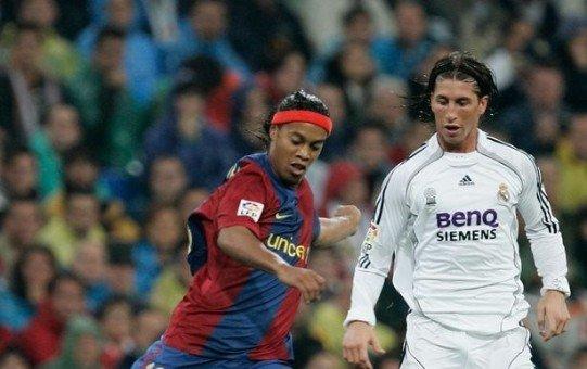 رونالدينيو يستفز راموس والاخير يرد بصرامة