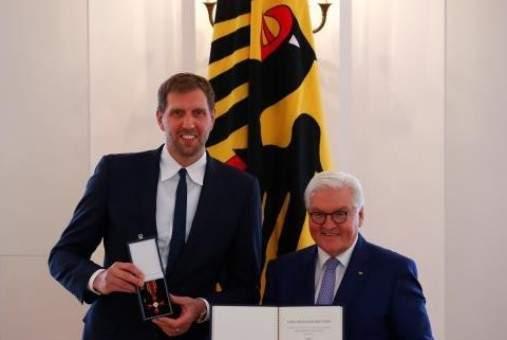 الرئيس الالماني يكرم نوفيتسكي