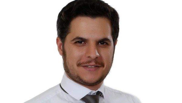 خاص- الدكتور حسين أحمد طالب يشرح طبيّا ما حصل مع اريكسن ويتحدث عن فرصه بالعودة لممارسة كرة القدم
